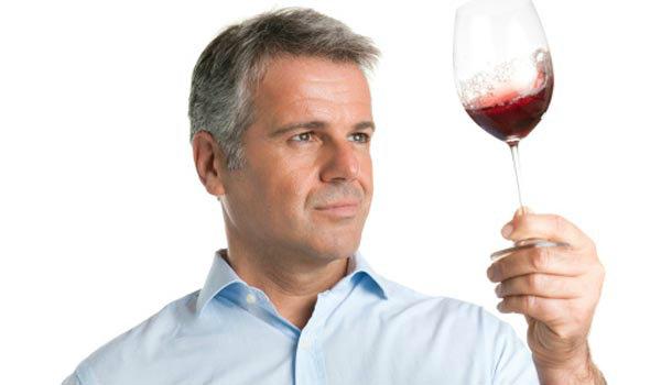 Cómo distinguir un buen vino de un solo vistazo