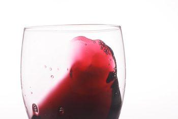 ¿Cómo reconocer un vino avinagrado?